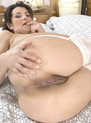 Hot mom ass pussy